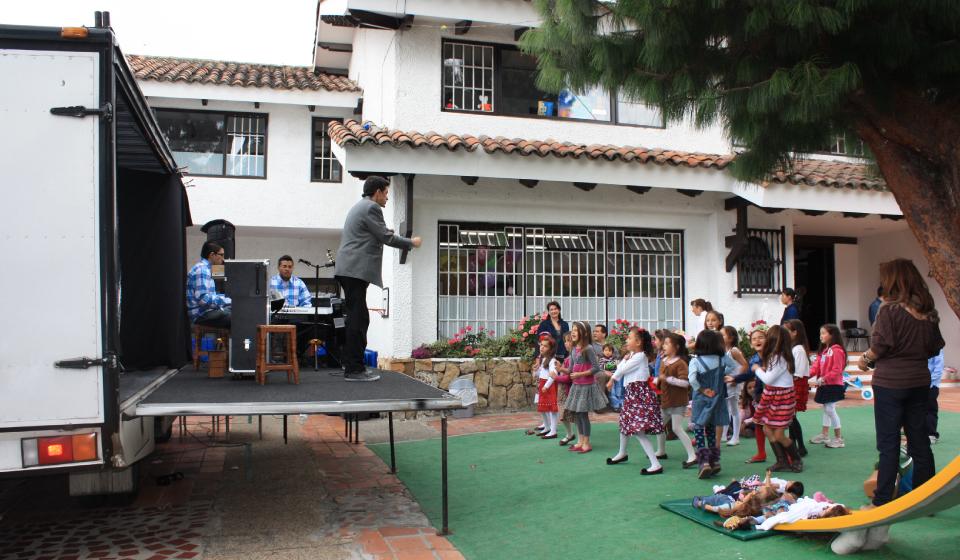 show adultos, magia, música, boris bedoya